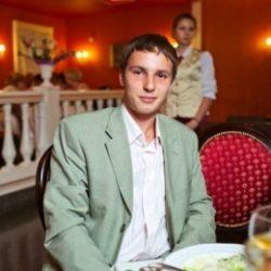 Парень из Москвы. Ищу девочку для совместного времяпровождения